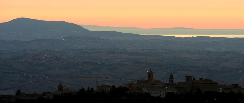 Aeroporto Urbino : Aeroporto falconara montagna cingoli